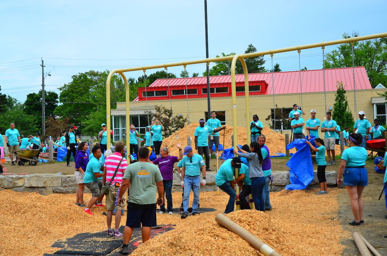 Heron Park Playground Build. Credit: City of Toronto